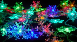 Colorful Snowflakes Wallpaper