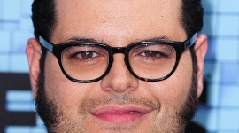 Josh Gad Wallpaper For IPhone 6