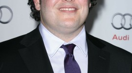Josh Gad Wallpaper For IPhone Free