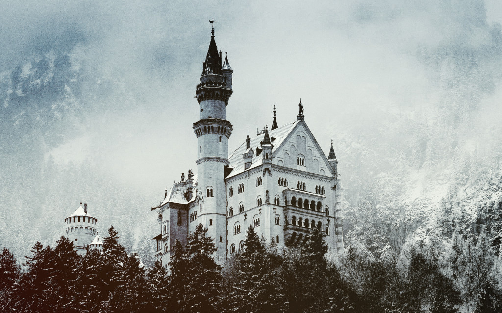 Winter Castle wallpapers HD