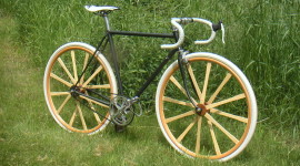 Wooden Wheel Aircraft Picture