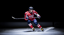 4K Hockey Player Image Download