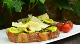 Bruschetta With Grilled Zucchini For PC