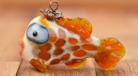 Fish Glass Wallpaper