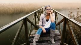 Girl Model Bridge Best Wallpaper