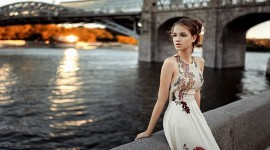Girl Model Bridge Picture Download