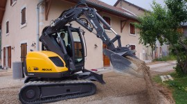 Mini Excavator Wallpaper Background