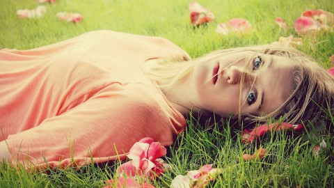 Model Girl Grass wallpapers high quality