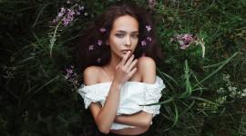 Model Girl Grass Wallpaper 1080p