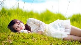 Model Girl Grass Wallpaper Free