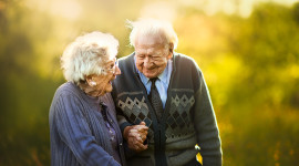 Old People In Love Wallpaper