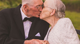 Old People In Love Wallpaper For Android#1