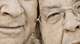 Old People In Love Wallpaper For Mobile