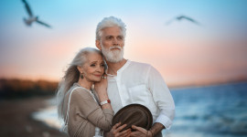Old People In Love Wallpaper Full HD
