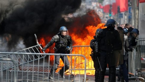 Protests In France wallpapers high quality