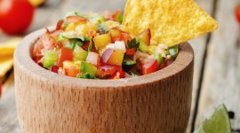 Salsa With Peaches Image