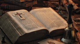 Bible Book Desktop Wallpaper For PC