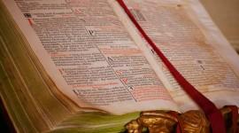 Bible Book Wallpaper For Desktop