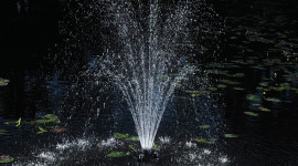 Fountain Lighting Wallpaper For IPhone