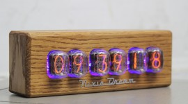 Nixie Tube Clock Desktop Wallpaper