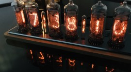 Nixie Tube Clock Desktop Wallpaper For PC