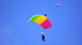 Parachuting Wallpaper Download Free