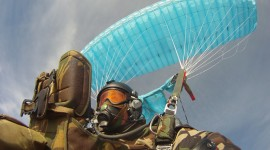 Parachuting Wallpaper HD