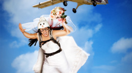Skydiving Wedding Wallpaper For IPhone