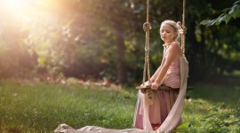 Swing Model Girl Wallpaper For Desktop