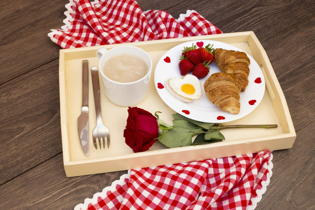 4K Breakfast On A Tray wallpapers HD