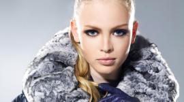 4K Girl Fur Model Photo Free