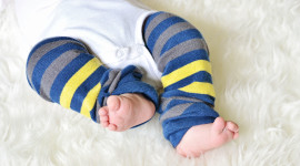 Baby's Legs Aircraft Picture