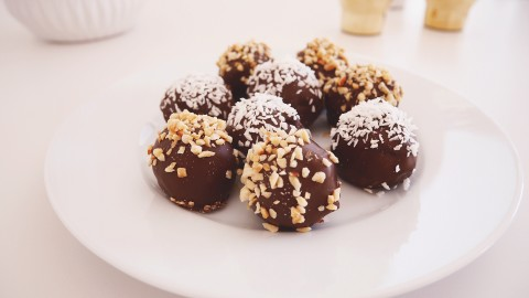 Chocolate Balls wallpapers high quality