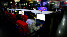 Internet Cafe Wallpaper High Definition