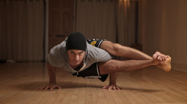Male Yoga Wallpaper Background