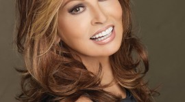 Raquel Welch Wallpaper For Mobile
