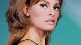 Raquel Welch Wallpaper For Mobile#3