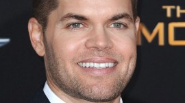 Wes Chatham Wallpaper Background