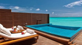 Villa With Pool Wallpaper Download