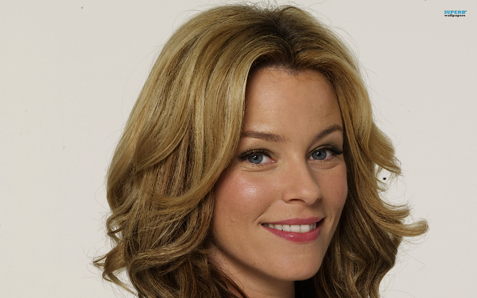 Elizabeth Banks Wallpapers High Quality Download Free
