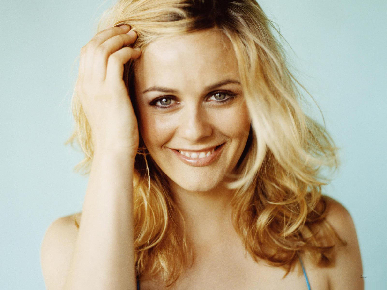 Alicia Silverstone Wallpapers High Quality Download Free