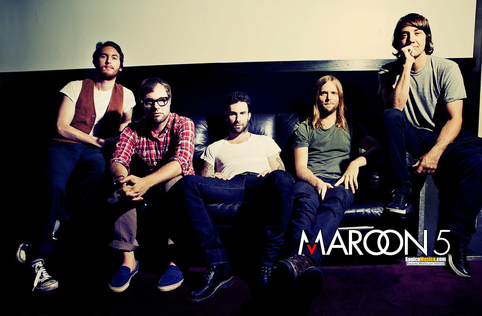 Maroon 5 Wallpapers High Quality | Download Free