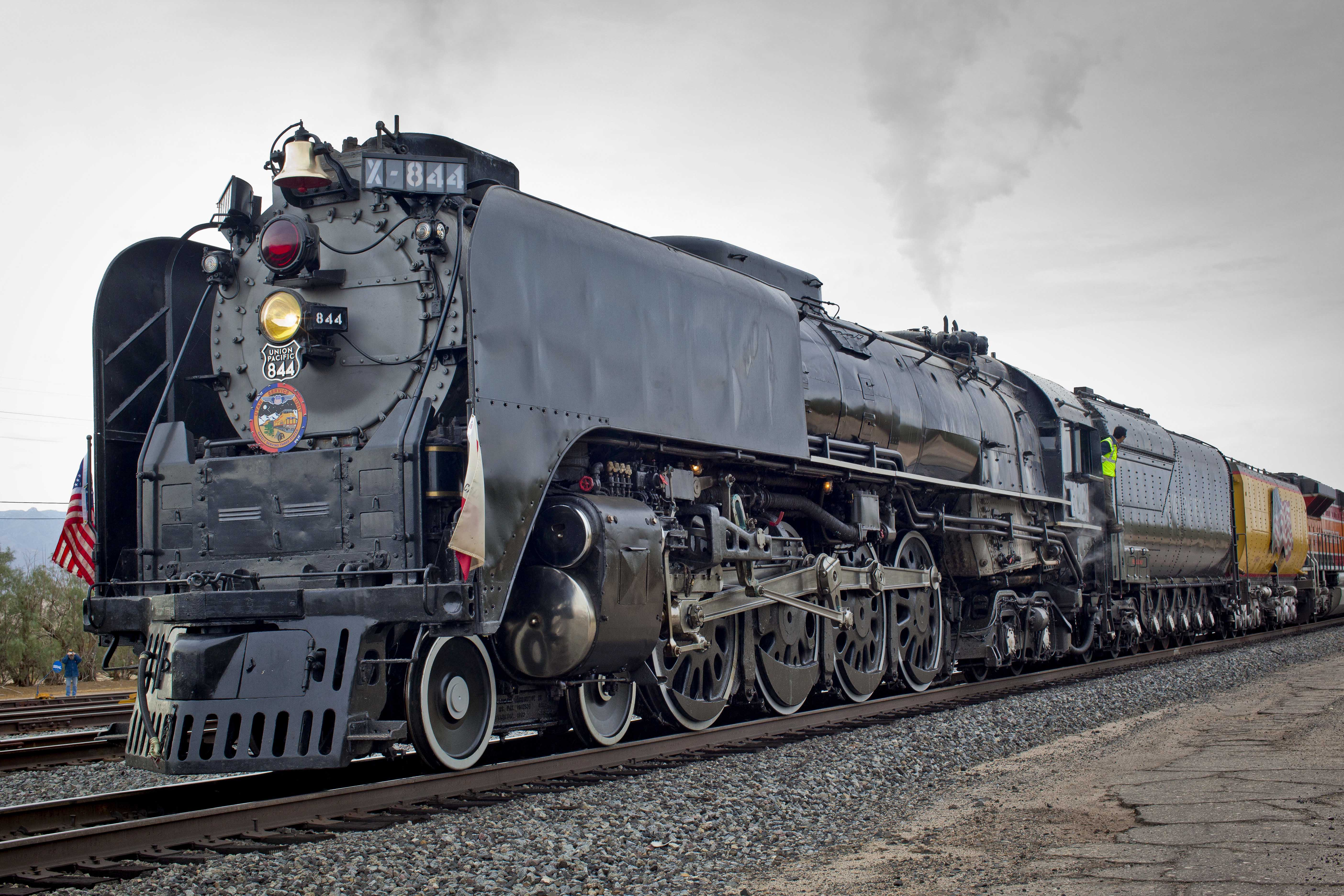 Steam Engines Wallpapers High Quality | Download Free