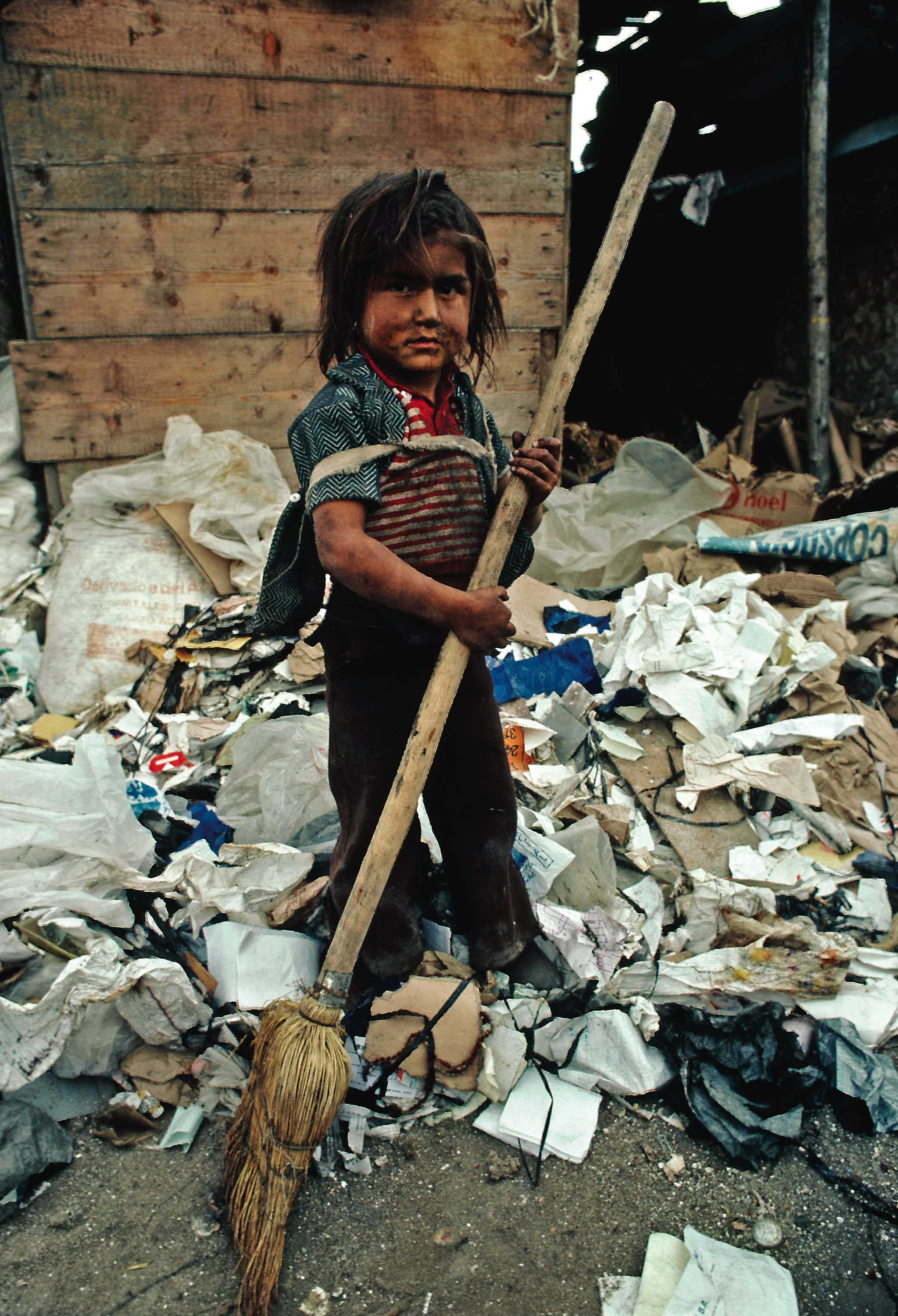 Child And Poverty Wallpapers High Quality | Download Free