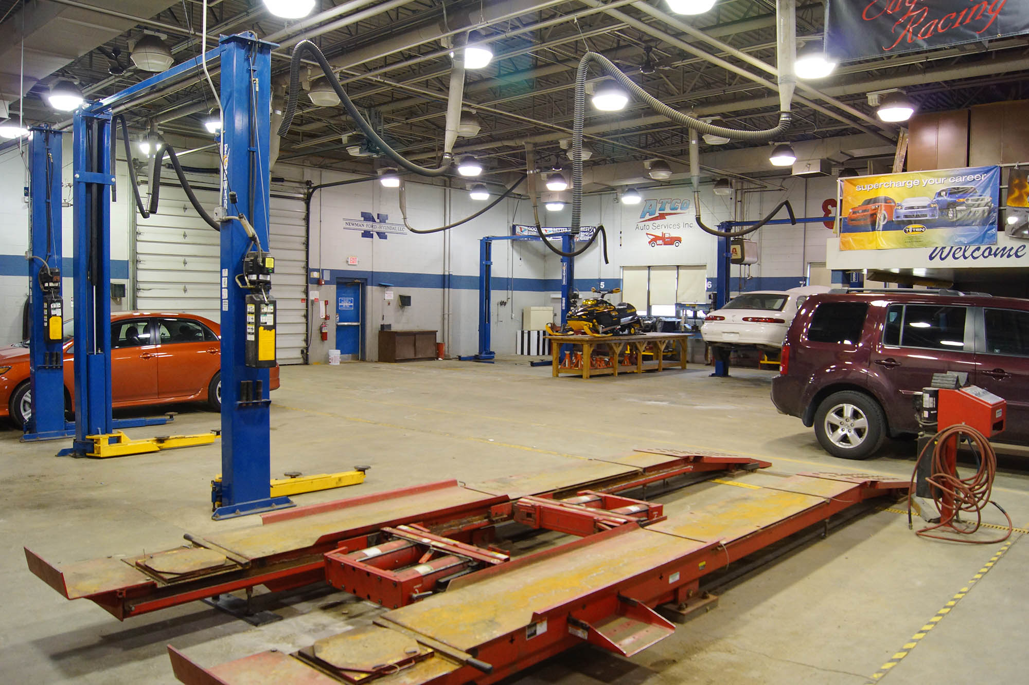 Auto Repair Shop Wallpapers High Quality | Download Free