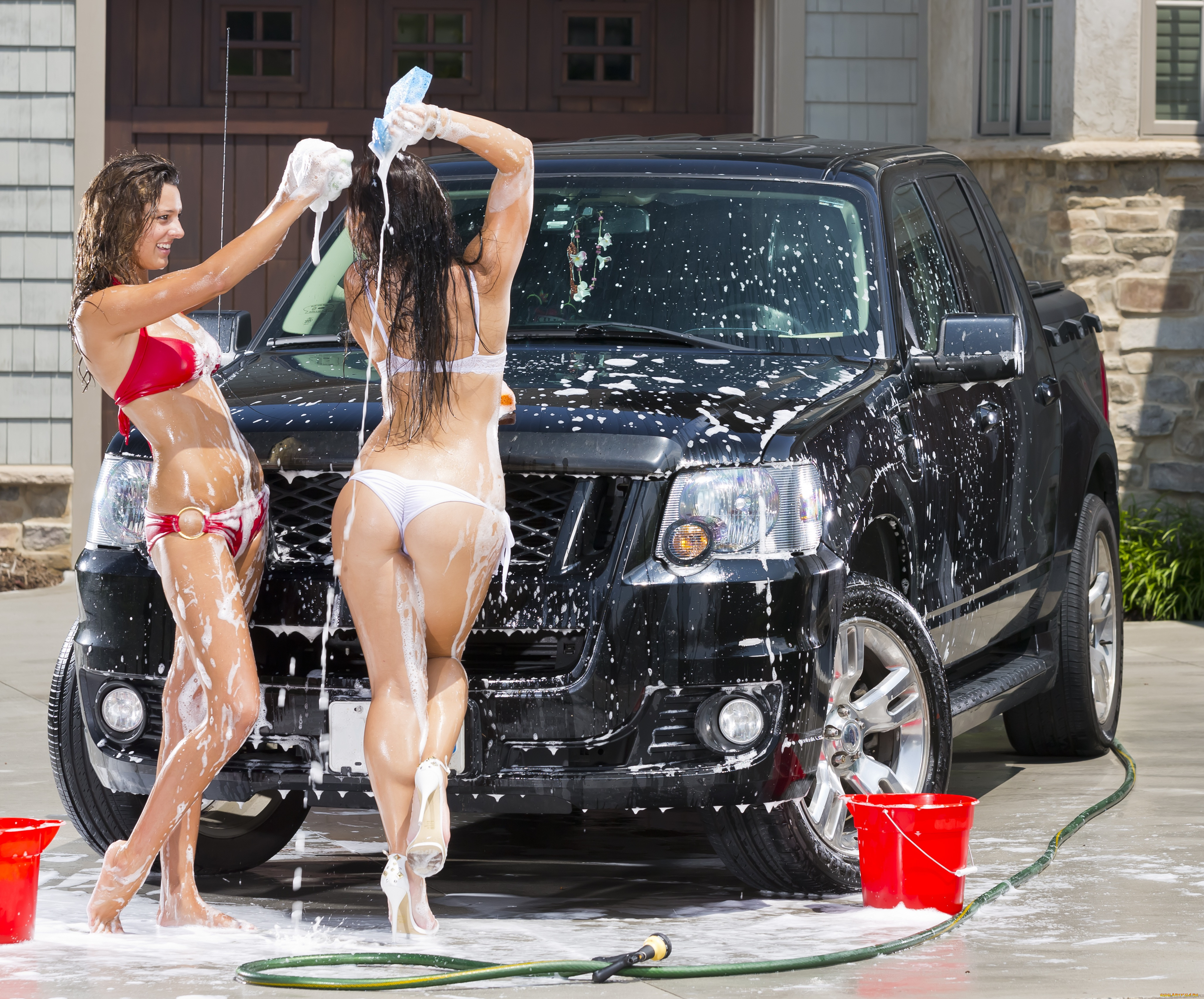 Car Wash Girl Wallpapers High Quality | Download Free
